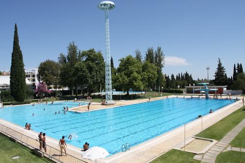 H problemas na piscina municipal de beja alvitrando for Piscina villares de la reina