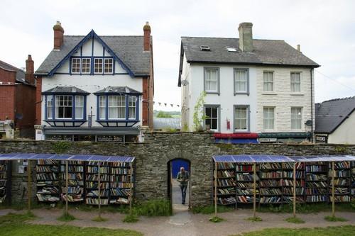 BooksTown4e.jpg