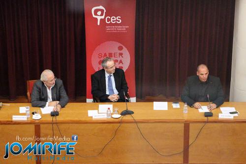 Conferência de Yanis Varoufakis sobre «Democratizar a zona Euro» na Universidade de Coimbra no dia 17 de outubro de 2015 - Com o Reitor da Universidade de Coimbra [en] Yanis Varoufakis Conference about