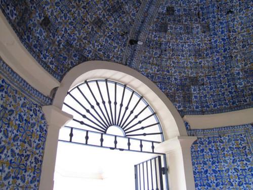 Revestimento cerâmico da Capela de Nossa Senhora da Penha, Castelo de Vide