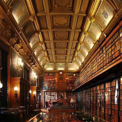 Biblioetca do Castelo de Chantilly - França.jpg