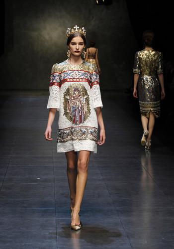 dolce-and-gabbana-fw-2014-women-fashion-show-runwa