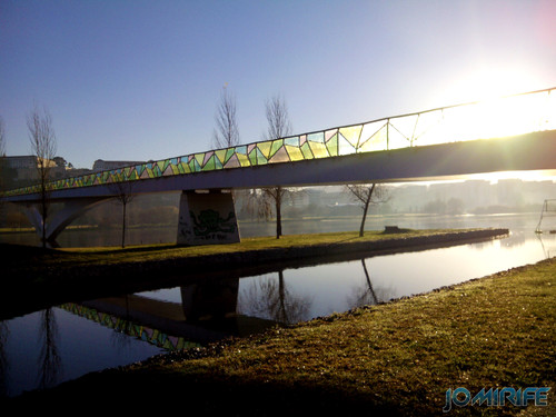 Ponte Pedro e Inês no Parque verde do Mondego em Coimbra