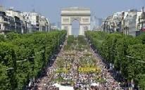 Aux Champs Elysées.jpg