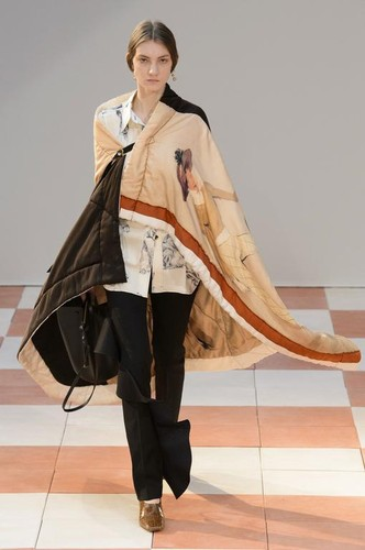 celine-fall-2015-winter-2016-1.jpg