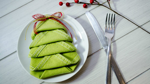 dobrar-guardanapos-mesa-natal.jpg