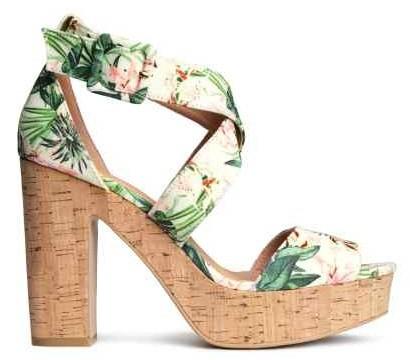 sandálias.jpg