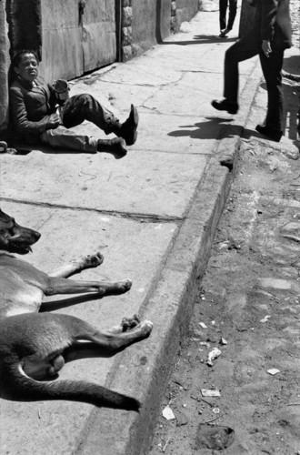Chile, Valparaiso, 1963 Sergio Larrain.jpg