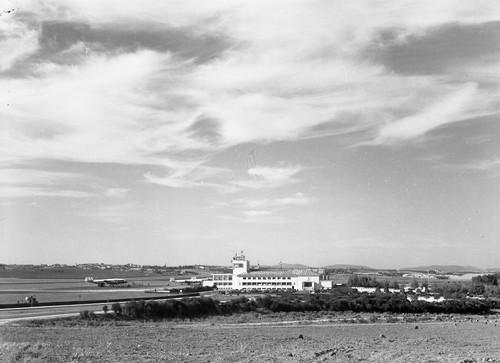 Aeroporto da Portela, 1958.jpg