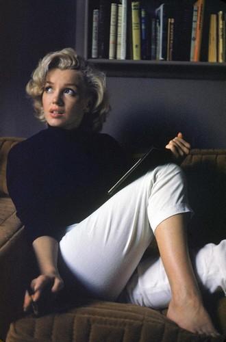 20070313-Marilyn_Monroe_by_Alfred_Eisenstaedt_HQ_2