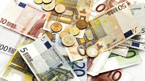 NOTAS-EURO.jpg