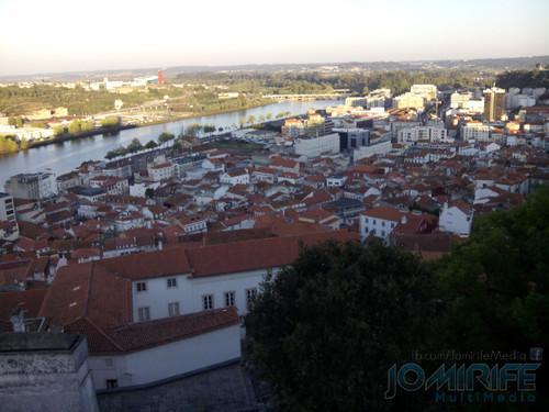 Sol a nascer sobre Coimbra [en] Sun rising over Coimbra