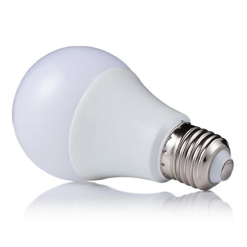 Real-Watt-lâmpada-LED-E27-001.jpg