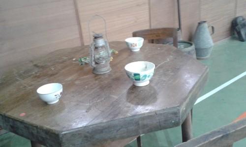 mesa de pobre.jpg
