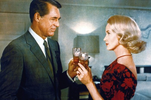 north-by-northwest-1959-007-roger-and-eve-toasting