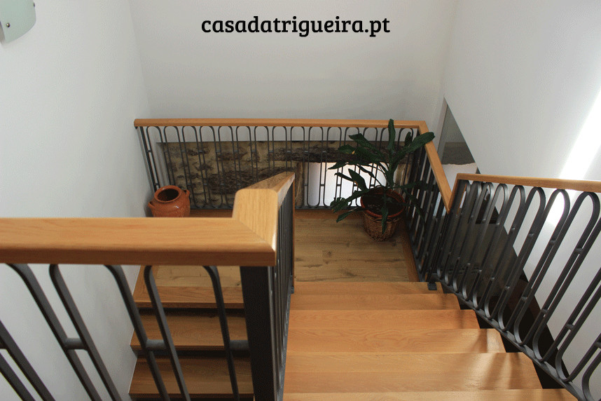 Casa da Trigueira - escadas.jpg