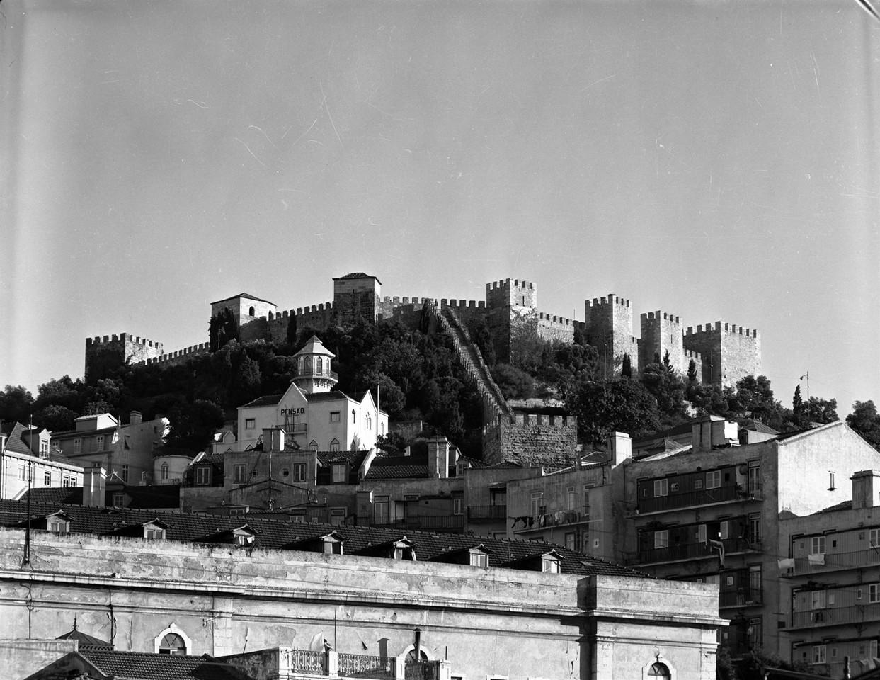 Castelo de São Jorge 1959 ar serô.jpg