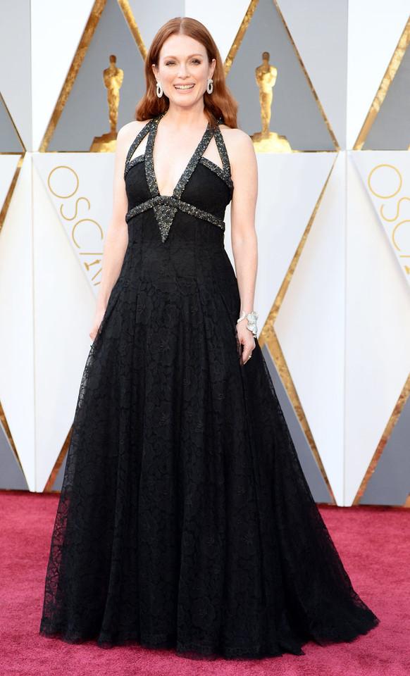 Julianne Moore em Chanel Couture.jpg
