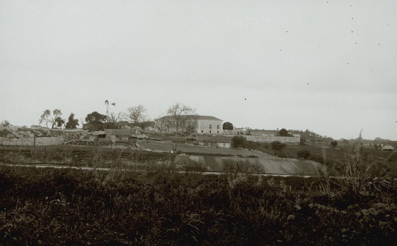 Panorâmica da Quinta dos Lagares d' El Rei.jpg