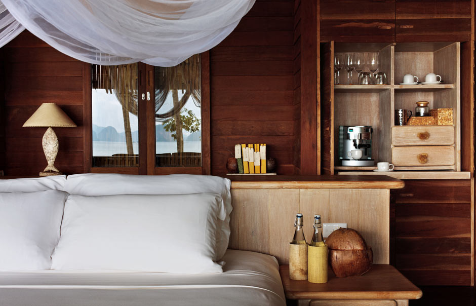 ocean_panorama_pool_villa_bedroom_details.jpg