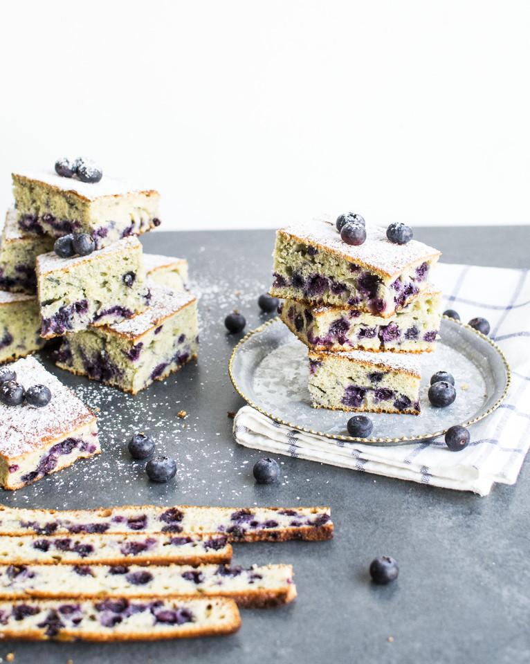 quadrados de mirtilos e queijo quark16.jpg