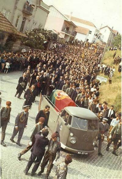 Funeral-AOS-3___974611A5-1DDE-4806-A184-FF518B97AC