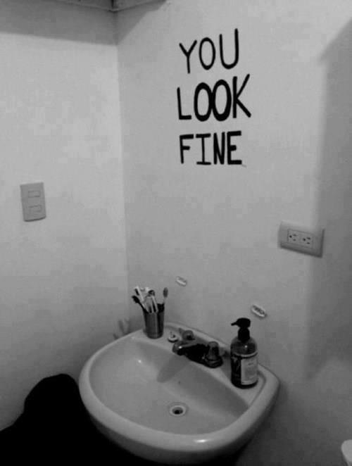 mirror-mirror+on+the+wall_1c5b0b_3920143.jpg