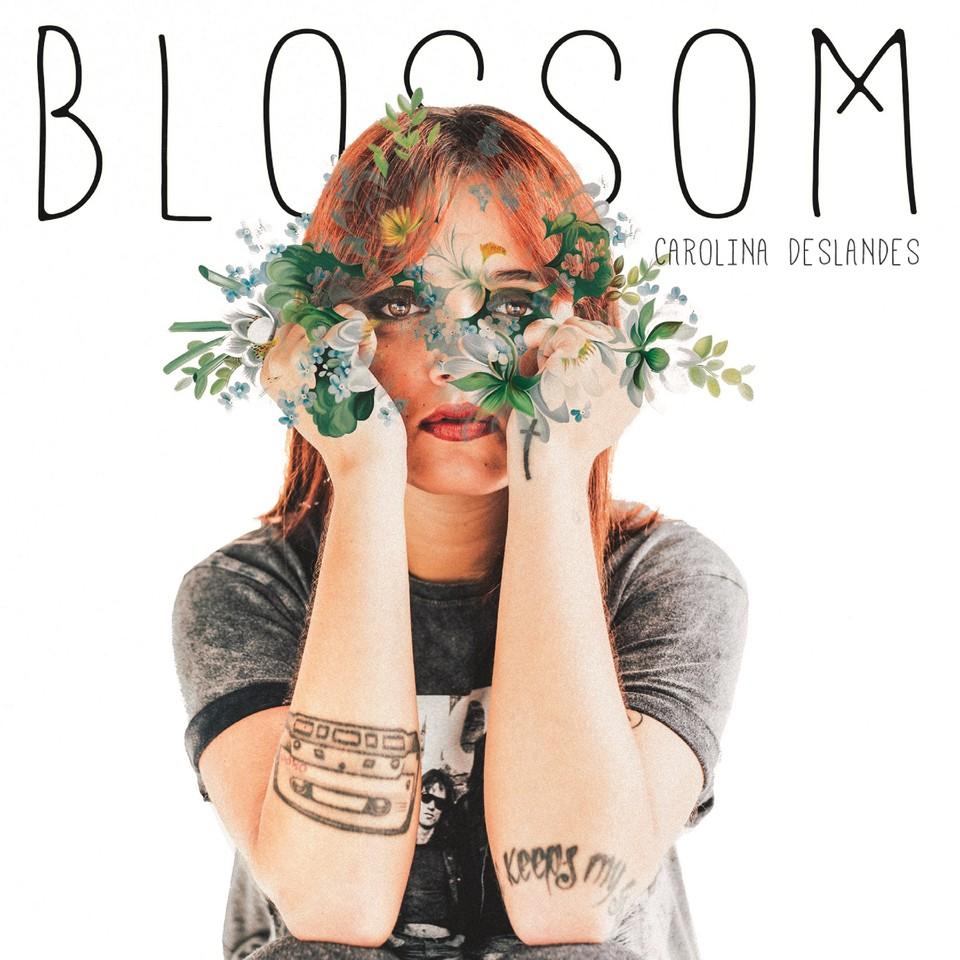 Capa 'Blossom' - Carolina Deslandes - CAROLINA DES