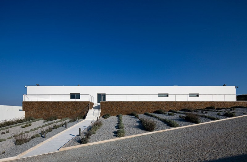 Ribatejo-House-01-800x525.jpg