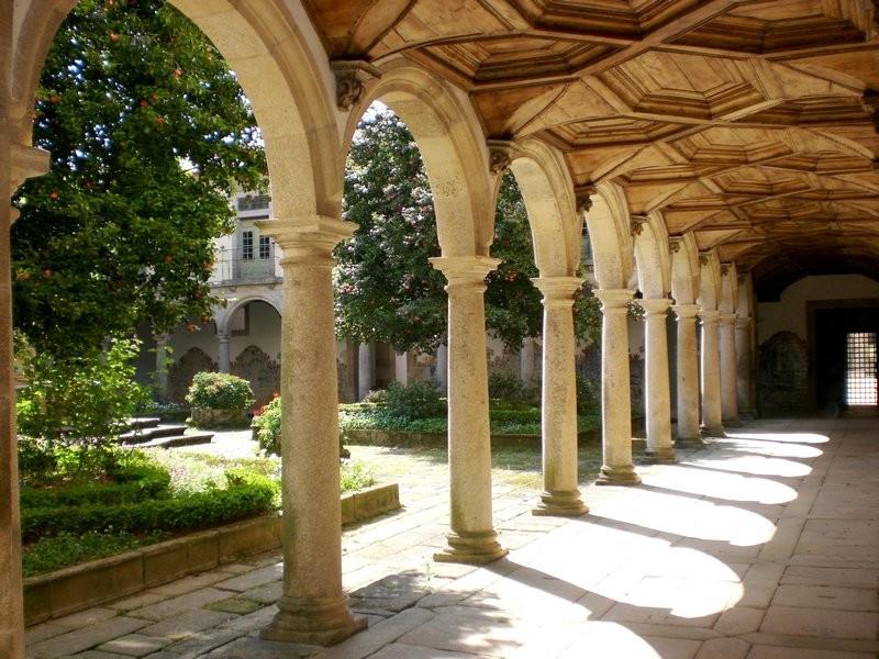6156552-Ao_Convento_de_Tib-es-0.jpg