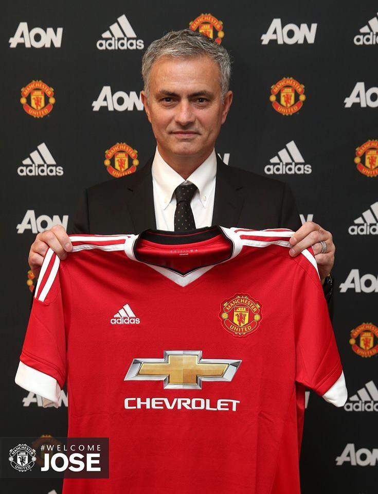 Mourinho ManUnited.jpg