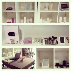 showroom-300x300.jpg