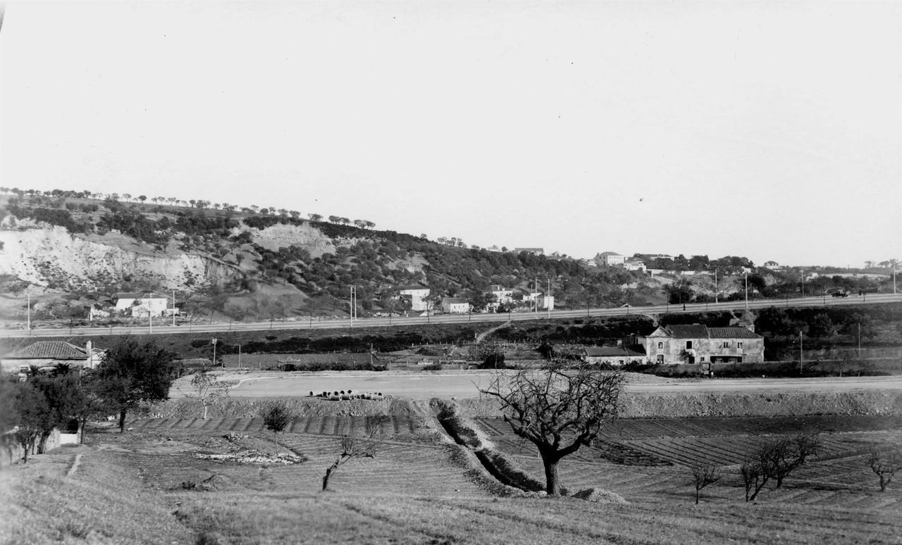 Panorâmica sobre a zona do Areeiro, 1947, vendo-s