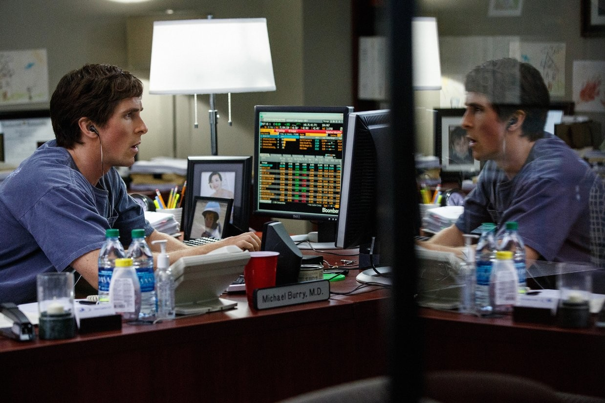 Christian-Bale-The-Big-Short-Movie-Still.jpg