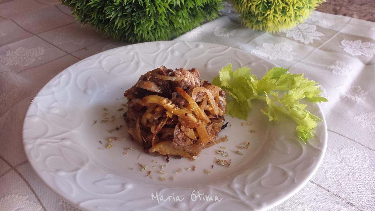 Redon de carne assada com batata palha2.jpg