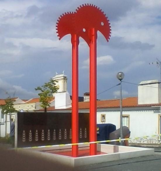 Monumento Casquinha e Caravela.jpg