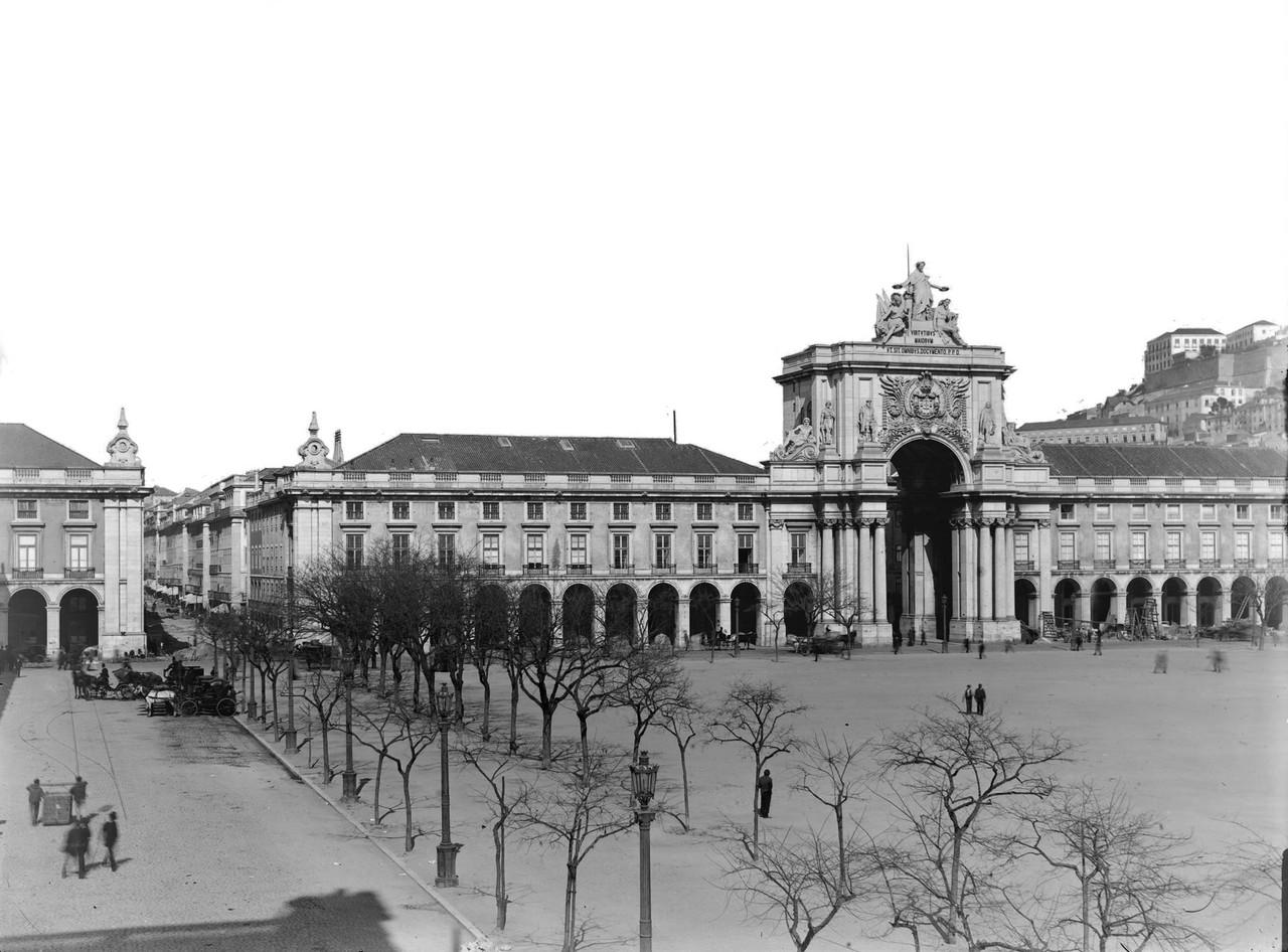 Praça do Comércio ni.jpg