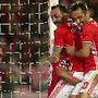 Jonas e Mitroglou celebram um golo do Benfica