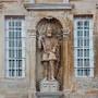 Estátua de D. João III na Porta Férrea Coimbra