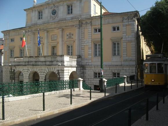 38 - R. Paiva de Andrada e Teatro S. Carlos.JPG