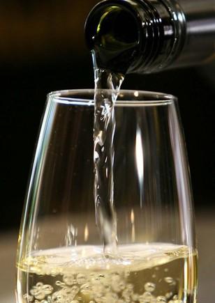 vinho branco.jpg