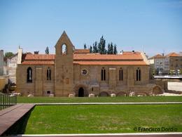 Mosteiro Santa Clara Coimbra.jpg