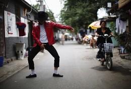 Zhang Guanhui como Michael Jackson, Pequim, China