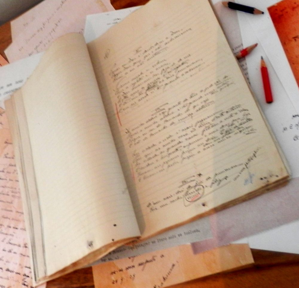 recortes_cadernos_quarto.jpg