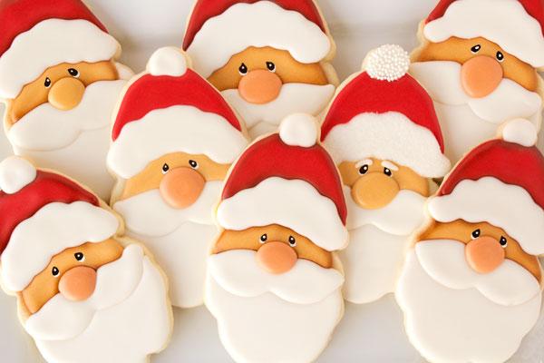 Santa-Cookies-via-www.thebearfootbaker.com_.jpg